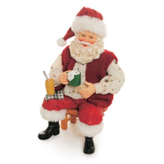 Papai Noel Sentado Segurando Urso Vermelho e Verde ( Noéis)