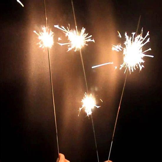Vela Sparkles para Festas e Casamento com 60cm - 06 unidades Velas Sparklers para Casamento 60cm - 06 unidades
