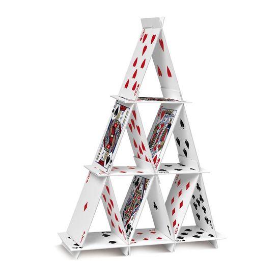 Cassino - Suporte Especial para Doces Pirâmide de Cartas