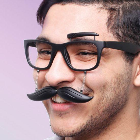 oculos-com-bigode