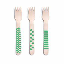 talheres-decorativos-madeira-garfo-verde-8-un